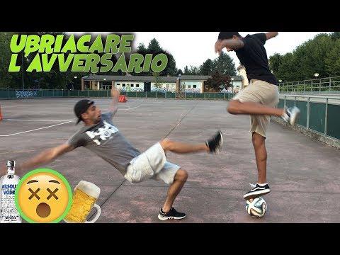 3 modi per UBRIACARE IL TUO AVVERSARIO - Street Soccer Tutorial calcio #15 - Footwork Italia ft M10