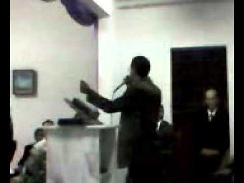 irmão de Arcoo verde Louva a Deus na ICPB em Prata