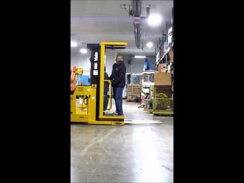 Yale Model OS030ECN24TV089 Electric Order Picker Lift Truck 3000 lb Capacity