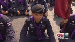 Thai Police And Protestors Remove Barriers Call Truce