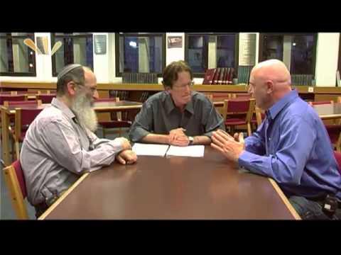 הרב והפרופסור: פורים ומוסר
