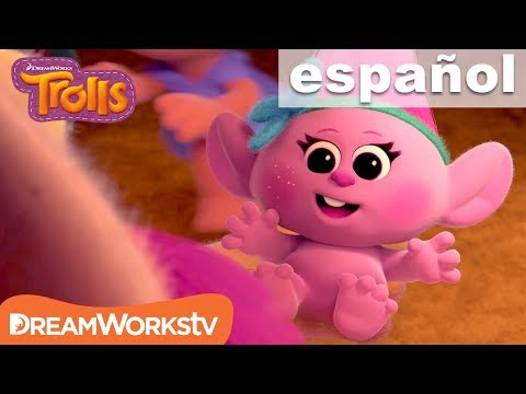 Los Primeros 5 Minutos de Trolls | TROLLS @DreamWorksTV Español