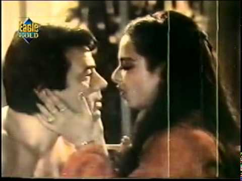 Very Hot song by Rekha and Dharmendra