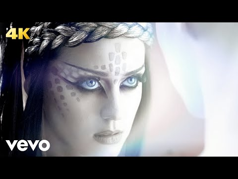 Music Video: Katy Perry – E.T. ft. Kanye West