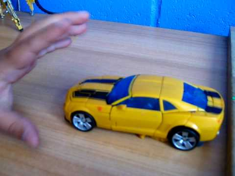 TRANSFORMANDO BUMBLEBEE DELUXE