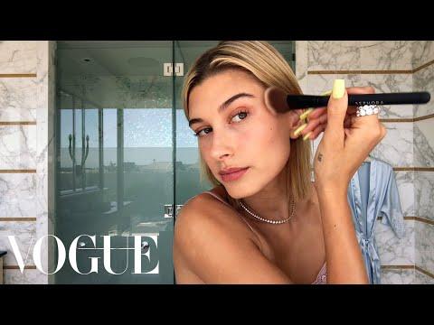 Hailey Baldwin's 5-Step Guide to Faking a California Glow | Beauty Secrets | Vogue