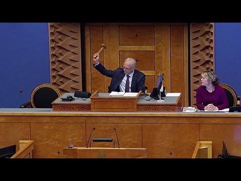 Εσθονία: «Έπεσε» η κυβέρνηση Ρόιβας