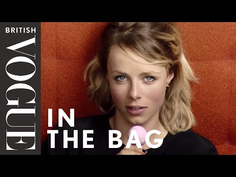 Edie Campbell: In the Bag | Episode 9 | British Vogue (видео)