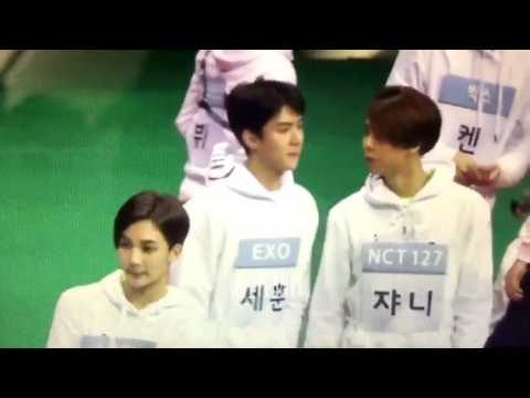 ISAC 2017 EXO SEHUN MISTAKED SEVENTEEN'S JEONGHAN FOR JOHNNY (видео)