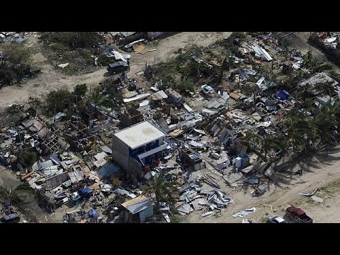 Cabos - Residents have been assessing the damage after hurricane Odile rampaged through swathes of Mexico's Baja California peninsular. More than 300000 homes are s...