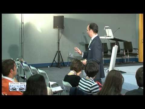 José Ballesteros interviene en el espacio Thinking Heads durante el transcurso de Expomanagement para conversar sobre liderazgo.