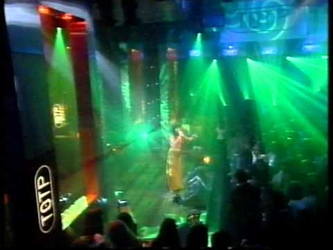 Björk - Isobel On Top Of The Pops
