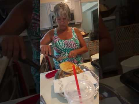 Mom's Hears Nicki Minaj Song Only For The First Time...HILARIOUS!!!!!!