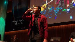 TULUS - TEMAN HIDUP & SEWINDU (LIVE at Intimate Night with TULUS, 140218)