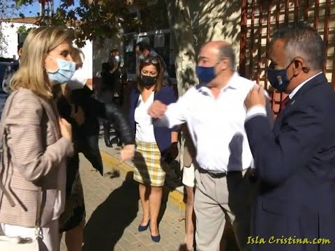 Visita de la Delegada del Gobierno en Andalucía, Sandra García, a Isla Cristina