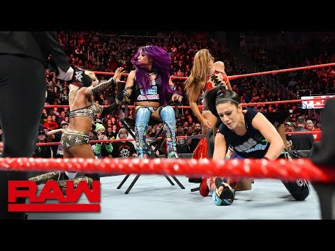 Sasha Banks & Bayley succumb to a sneak attack: Raw, Nov. 26, 2018