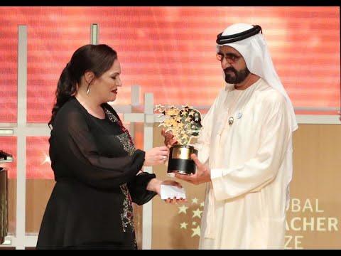 العرب اليوم - شاهد  بريطانية تفوز بأفضل معلمة في العالم لعام 2018