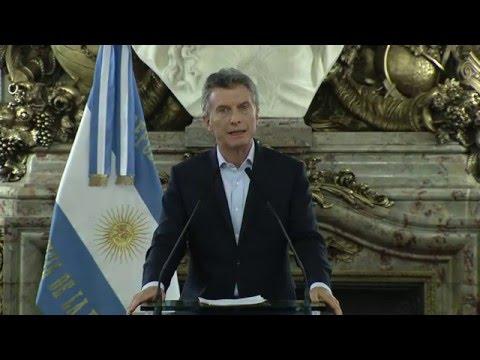 Macri se comprometió a devolver IVA al turista