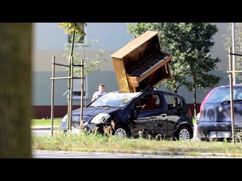 Ir a por tu coche y encontrártelo así...