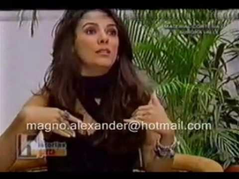 Thalia y Paulina (PELEA) видео