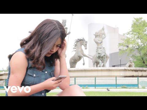 Rubi Ibarra - Contestame (Video Oficial)