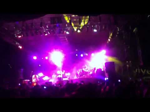 Friendly Fires - Kiss Of Life @ Six Flags Mexico