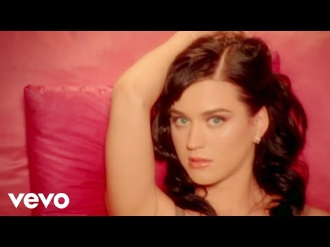 Katy Perry - I Kissed A Girl lyrics
