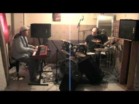 Maria Cervantes en 3 Jean-Baptiste Baldazza & Benjamin Coum Salsa piano & drums garage jam session 3