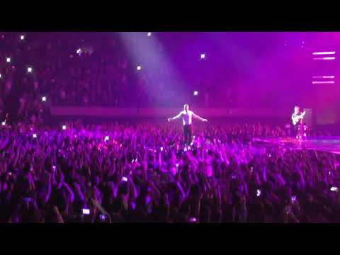 Video Imagine Dragons - Whatever It Takes @ Barcelona download in MP3, 3GP, MP4, WEBM, AVI, FLV January 2017