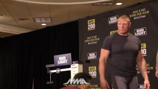 UFC 200 Weigh-Ins: Brock Lesnar Walks Off After Making Weight by MMA Fighting