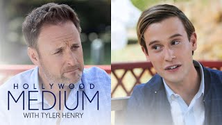 Video Chris Harrison Is Curious About Tyler Henry's Ability | Hollywood Medium with Tyler Henry | E! MP3, 3GP, MP4, WEBM, AVI, FLV Maret 2019