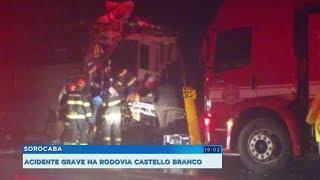 Homem morre e outras 19 pessoas ficam feridas em acidente entre ônibus e caminhão em Itu