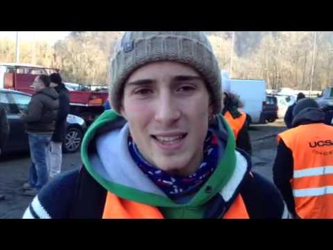Uno studente tra la protesta varesina