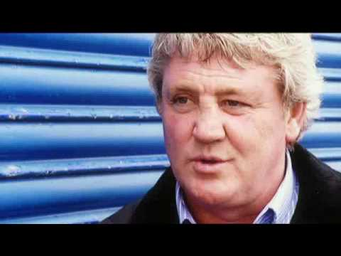 soccer am football - Steve Bruce talks about his past and why he loves football.