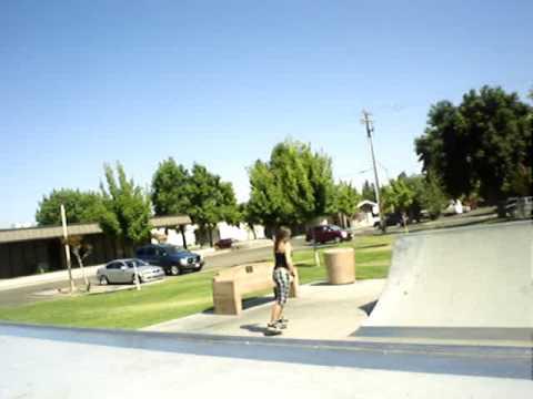 Tiffany and Isai - Turlock CA. skatepark 6/26/09