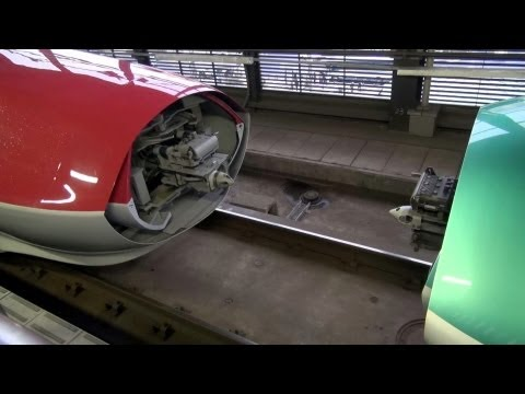 e6 - 2013年3月ダイヤ改正より運転を開始した、E6系スーパーこまち。...