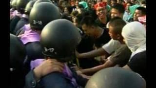 Politics In Thailand Glows Red Hot