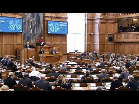 Δανία: Το Κοινοβούλιο υπερψήφισε τον αμφιλεγόμενο νόμο για το προσφυγικό