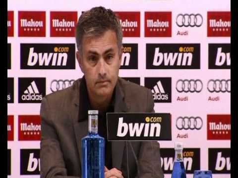 Jose Mourinho interview on knife attack (видео)