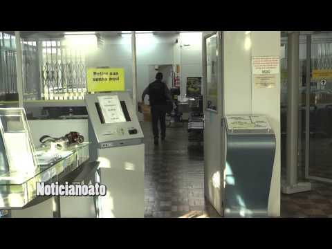 Bandidos esvaziam pneus de viaturas e arrombam caixa eletrônico do Banco do Brasil