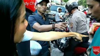 Video Maling Helm Tertangkap - Berdalih Pinjam Helm Nyaris Di Hakimi Masa! MP3, 3GP, MP4, WEBM, AVI, FLV Desember 2018