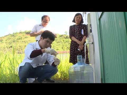 Tiếp tục lấy mẫu nước để xét nghiệm nước hàng ngày
