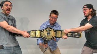 What's inside a WWE Wrestling Belt?