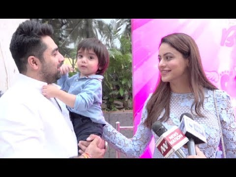 Video Aamna Sharif With Husband & Kids At Karanvir Bohra Daughters Birthday Party 2017 download in MP3, 3GP, MP4, WEBM, AVI, FLV January 2017