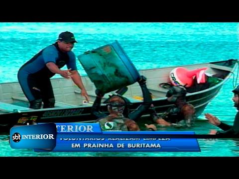 Mergulhadores voluntários realizam limpeza em prainha de Buritama