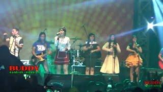 Via Vallen - MENGAPA - Aksi Sriwedari 2017 LIVE Alun - Alun Banyumas