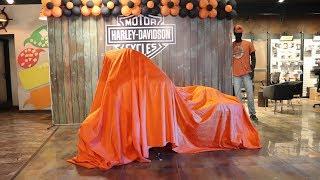 5. Harley Davidson Street Glide 2018 Unboxing & Delivery