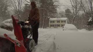 2. Ariens Deluxe 28 SHO 921044 15 Inches of Snow