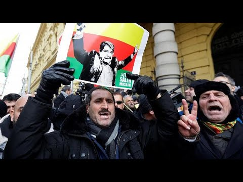 Türkei verärgert: Tschechien lässt syrischen Kurden f ...