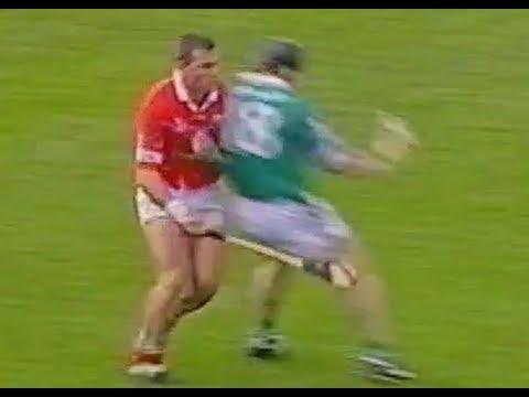 Video Diarmuid O'Sullivan Greatest Hurling Shoulder Of All Time download in MP3, 3GP, MP4, WEBM, AVI, FLV January 2017